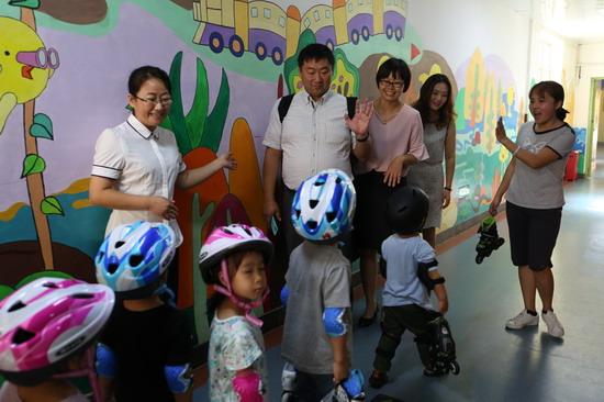 金色摇篮接待日本教育专家参观访问